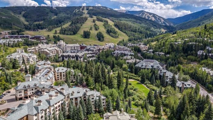 1156 Village Road A203, Beaver Creek / SOLD $1,100,000 on 12.10.2020 / Buyer Represented (Photo: LIV SIR)