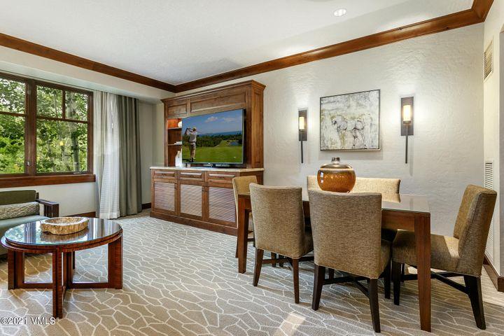 Ritz Carlton Bachelor Gulch HS325, Bachelor Gulch / Sold on 9.14.21 for $1,350,000 / Seller Represented (Photo: LIV SIR)