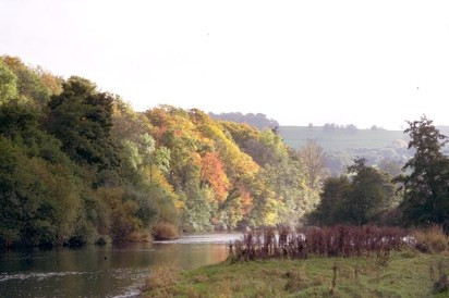 A golden autumn day on the Wye