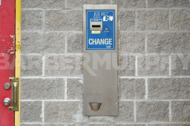 Image of Change Machine for Business Opportunity - Car Wash for Sale,  1020 Milton Rd, Alton, Illinois 62002, Madsion County