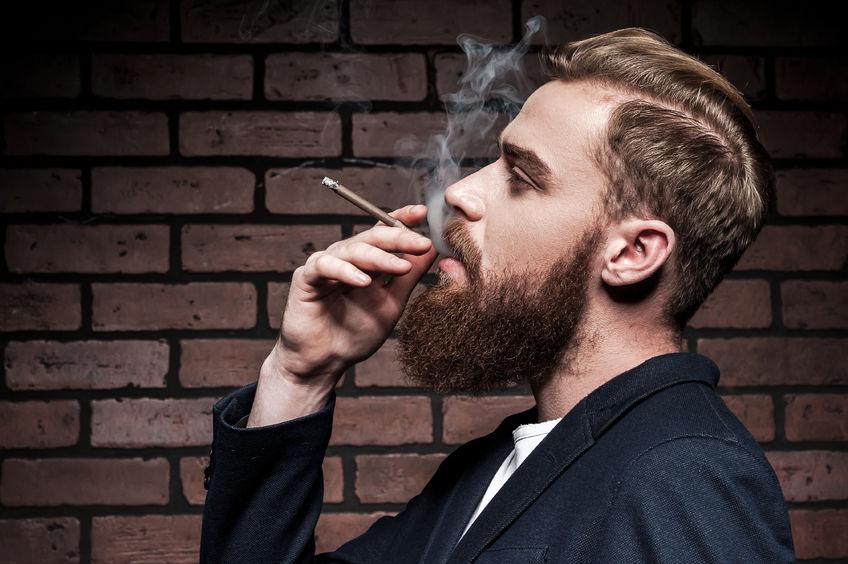 So Entfernst Du Nikotin Verfärbungen Aus Deinem Bart Barber Trends