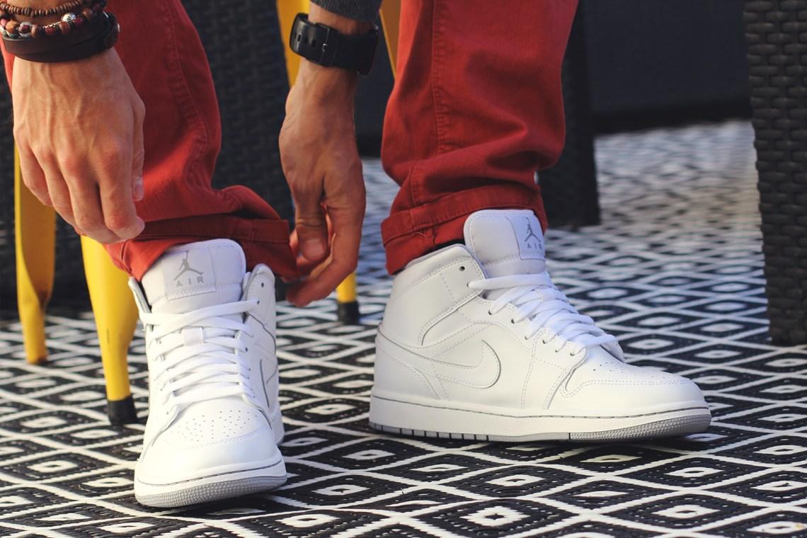 Chaussures Nike Jordan Blanches
