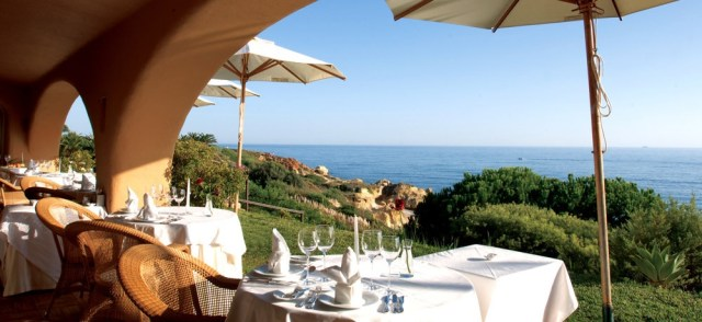 vila-joya-restaurant-terrace-view_lg