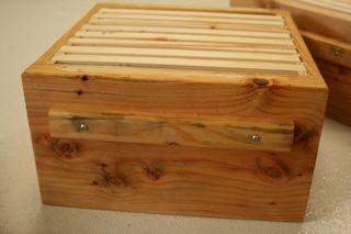 Top-bar box