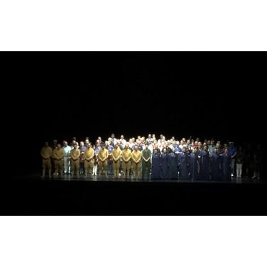 """Schlussapplaus für Choristen """"Tristan und Isolde"""""""