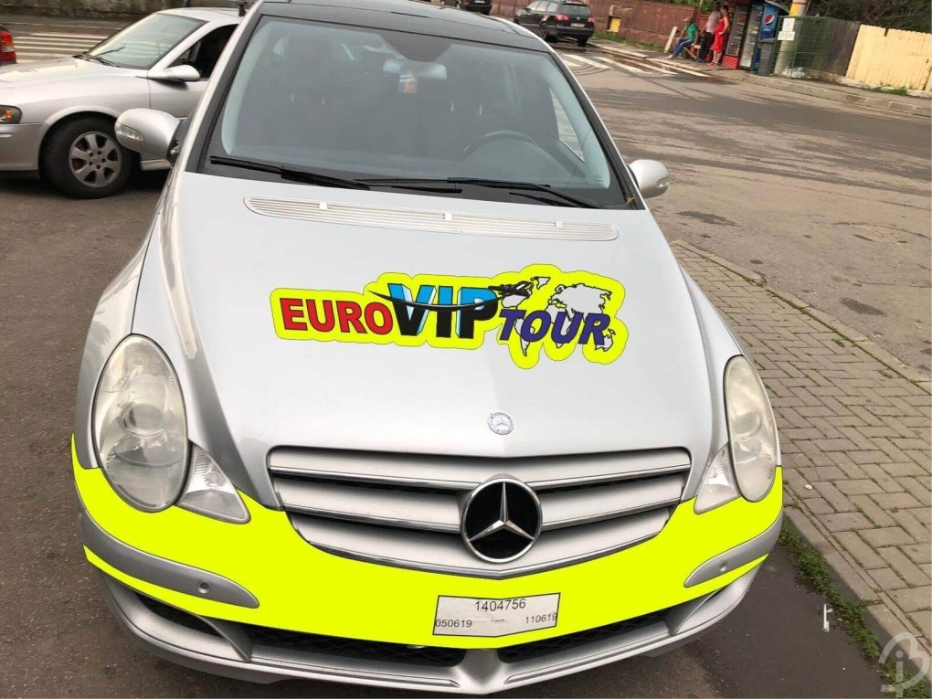 Grafică Mașină Euroviptour Frontală Barbuiulian.com