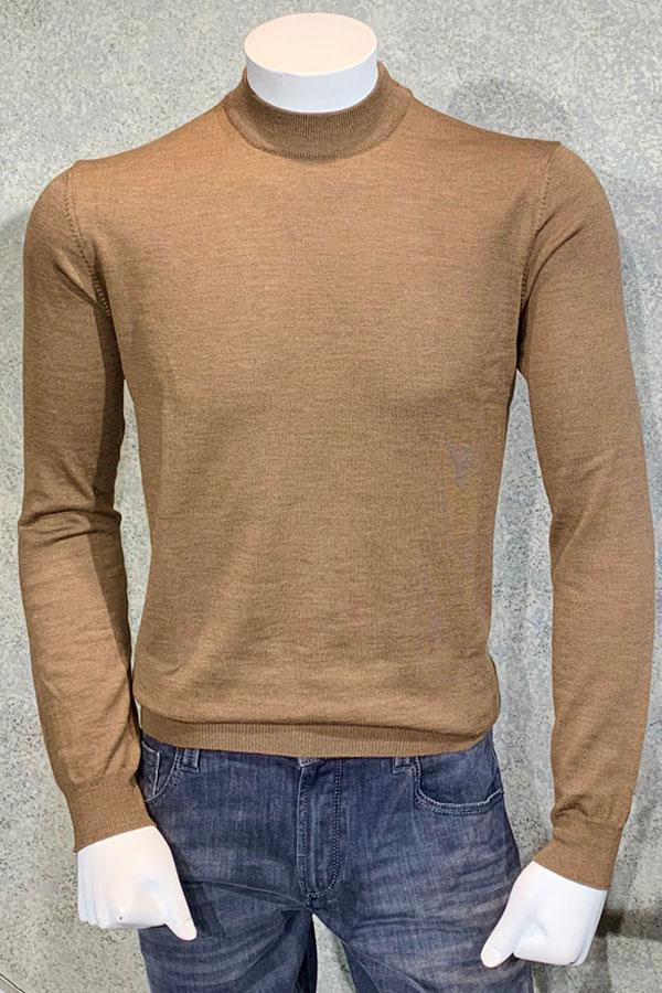 Mock Neck Sweater in 100% lightweight Merino Wool