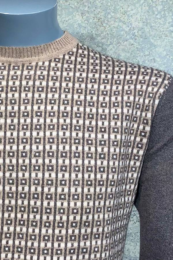 100% Cashmere Crew Neck Check Striped Sweater