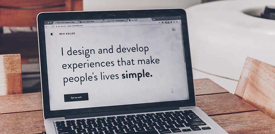 Frase de diseño y desarrolloño