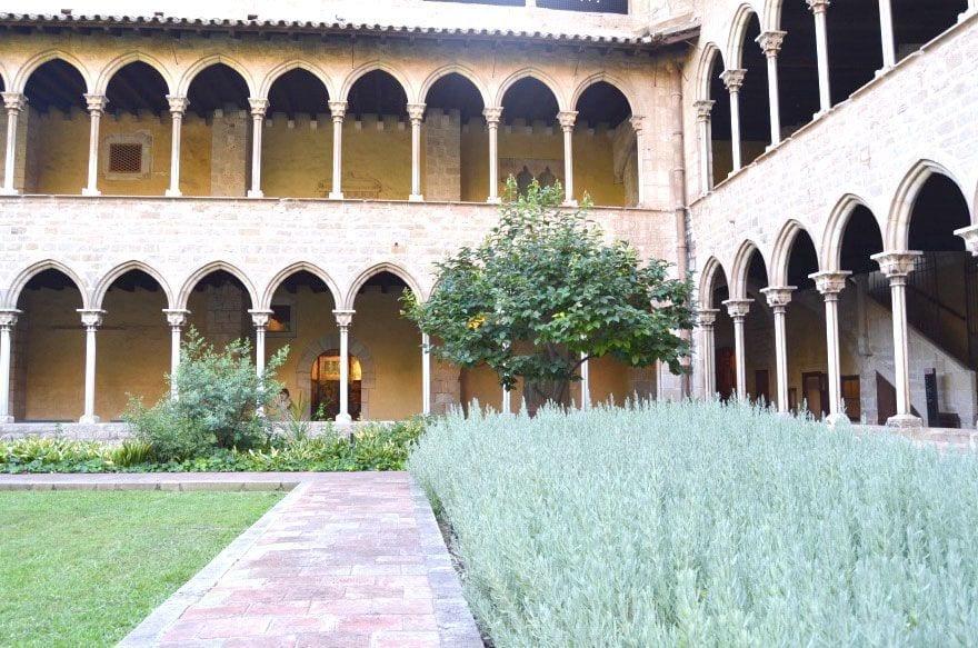 monestir pedralbes barcelona