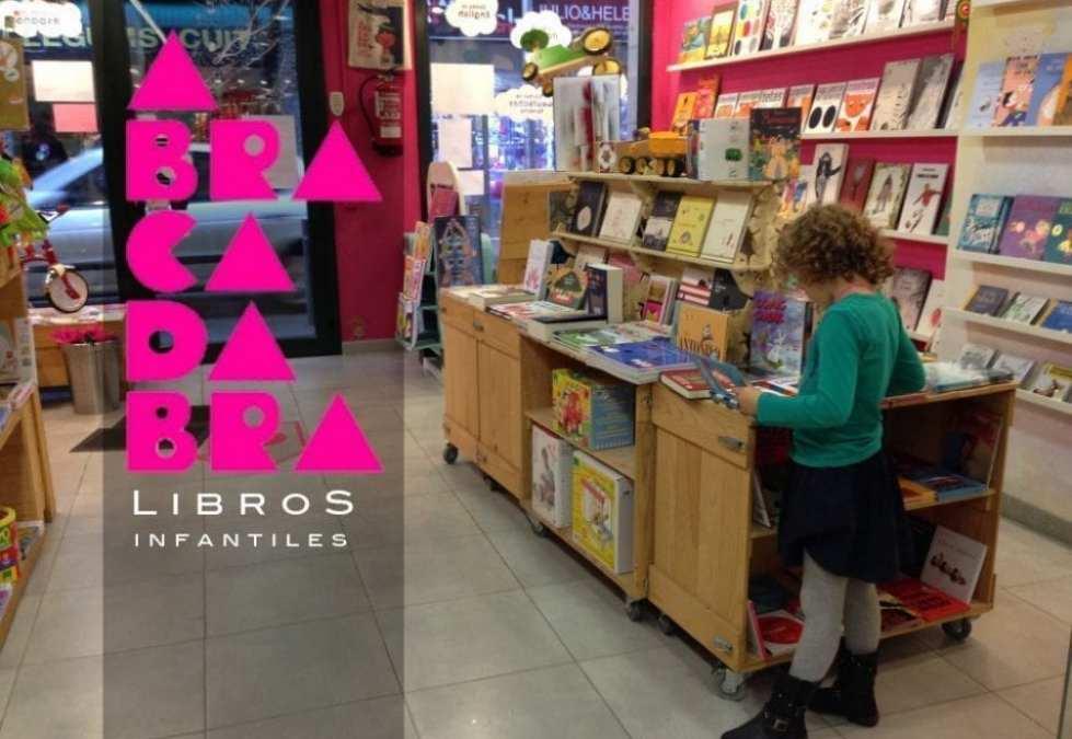 """Librería Abracadabra, y presentación del Libro """"Soy un artista"""" de Marta Altés-"""