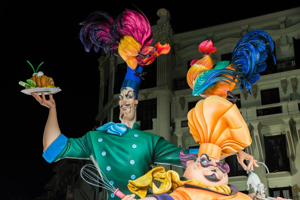 Barcelona photography courses take photos of las fallas in Valencia