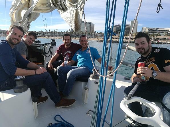Winter sailing, T-shirt weather!