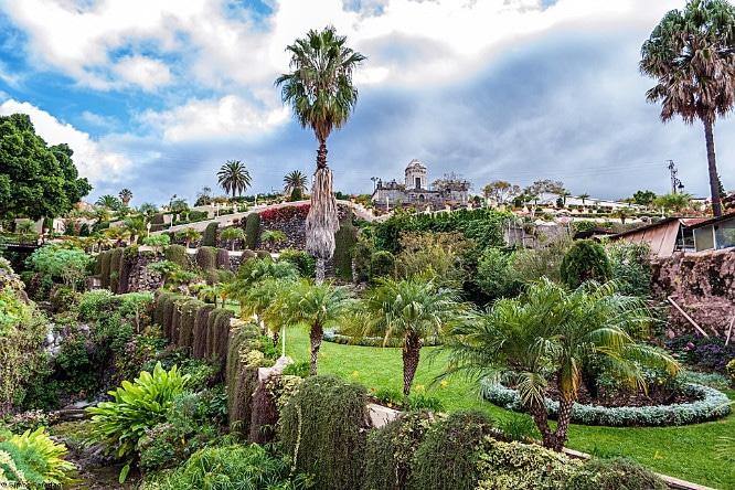 Piensa en verde los 7 jardines m s bonitos de barcelona for Barcelona jardin gaudi