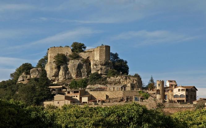 1200px-Castell_de_Granera_-_001