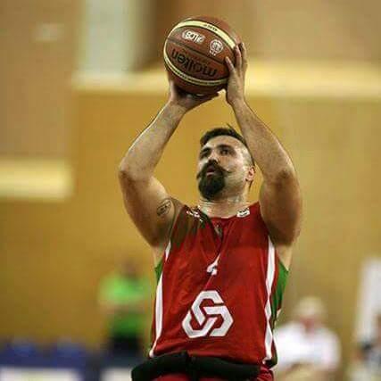 Márcio Dias em representação da Seleção Nacional