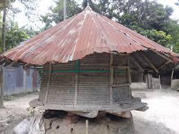 বিলুপ্তির পথে গ্রামবাংলার ঐতিহ্য 'গোলাঘর'