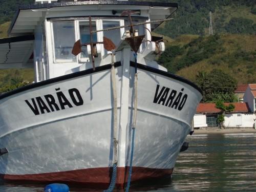 barco-varao-ilha-da-vitoria