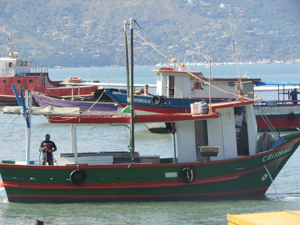 barcos pescaria crismar