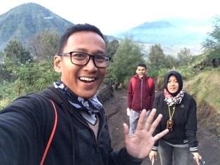 Saya, Tatik, dan Adityo