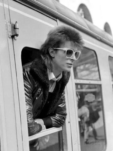 Poesía en Bardulias: Vivir sin Bowie