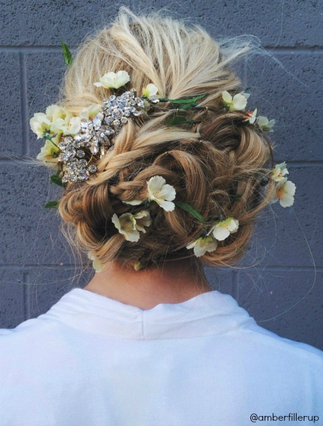 prom/wedding flower up-do tutorial - barefoot blonde by
