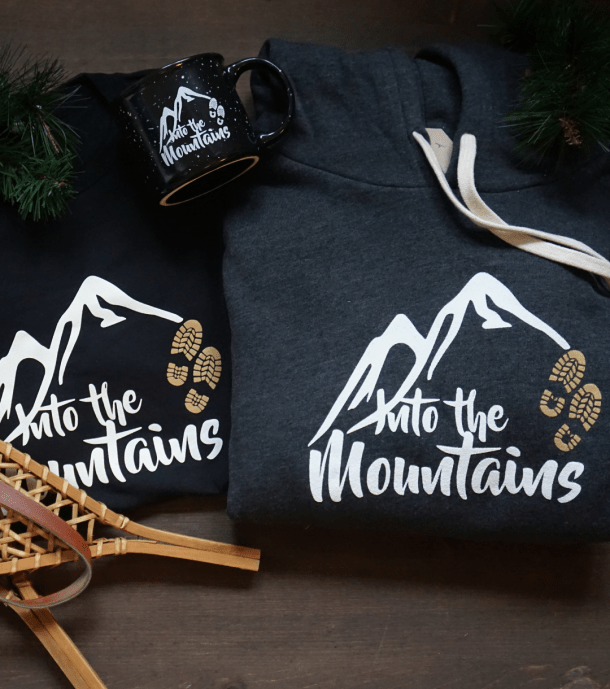 Into the Mountains Holiday Pack