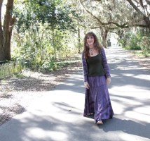 (Barefoot) Justine Mara Andersen in Micanopy, pic by Haley Stracher