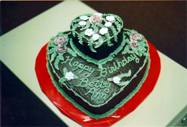Chocolate_hearts_birthday_cake_1