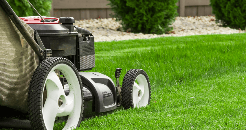 Mowing service in Independence, Blue Springs and Lee's Summit