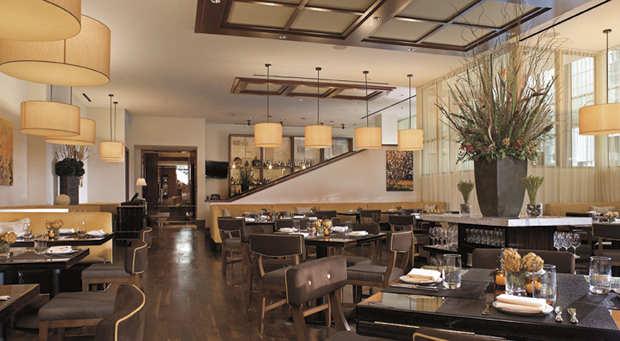 ritz-carlton-charlotte-table