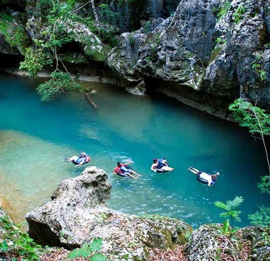 belize-cave-swim