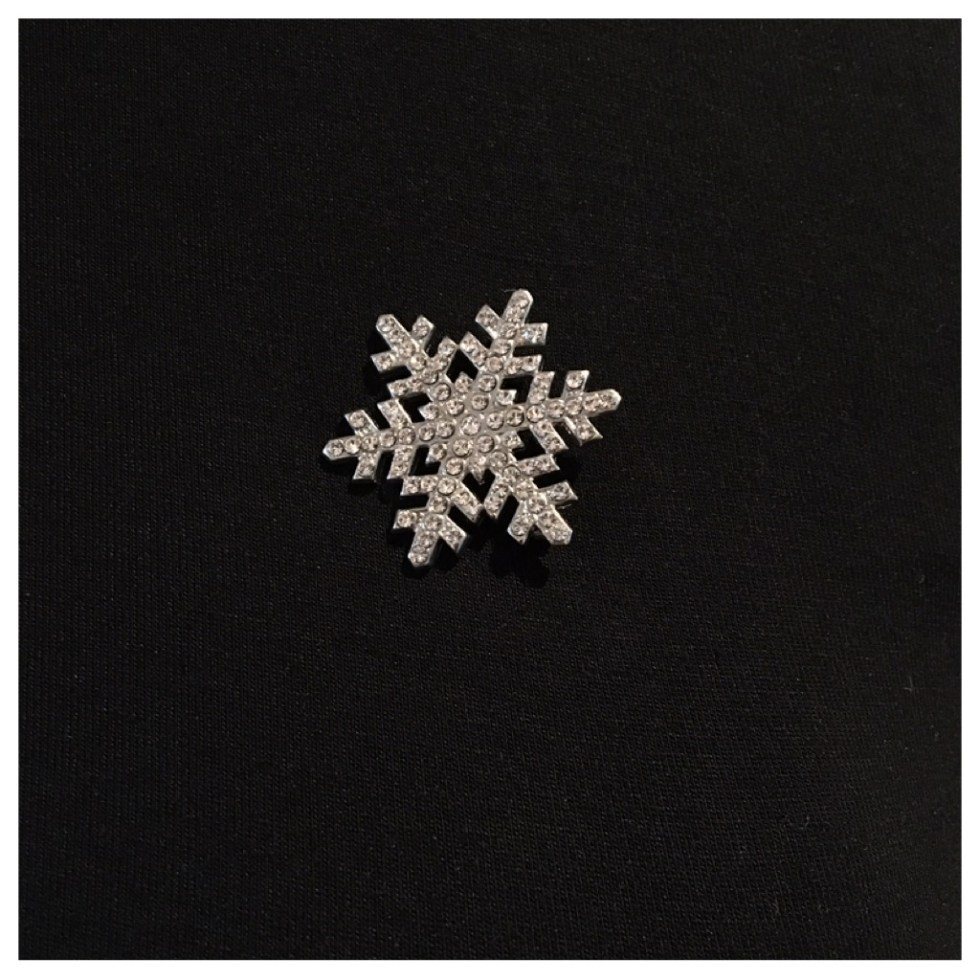 Julebrosje med stener blank