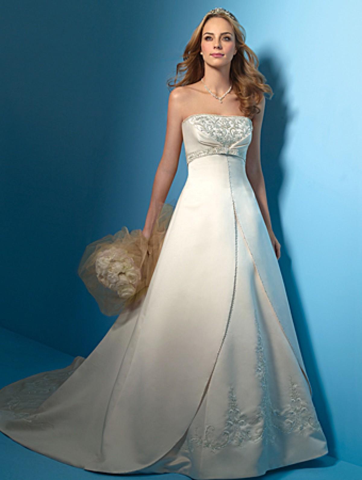 d47aa0d6df3 Convertible Wedding Dress Alfred Angelo - Gomes Weine AG