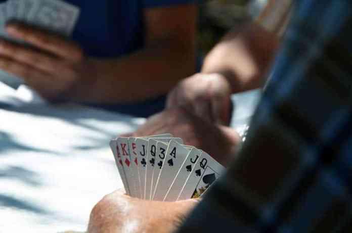 Poker bar game