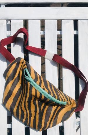 nerka saszetka w kolorze tygrysa