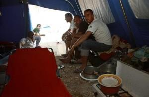 Salento, la rivolta dei braccianti  gli immigrati stagionali in sciopero
