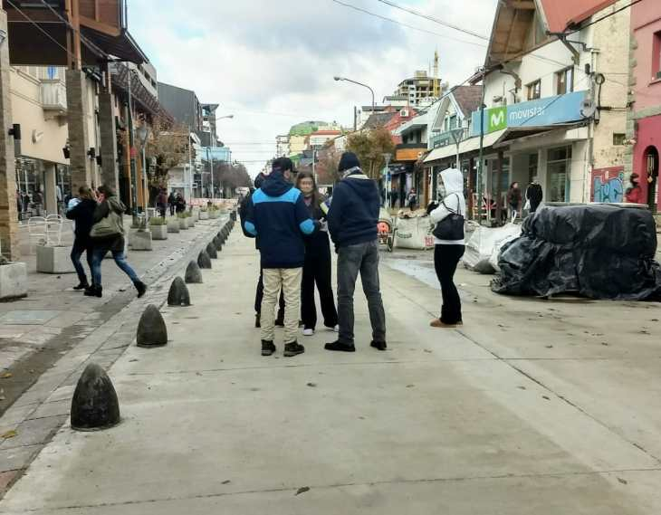 promotores pega-turista na Calle Mitre