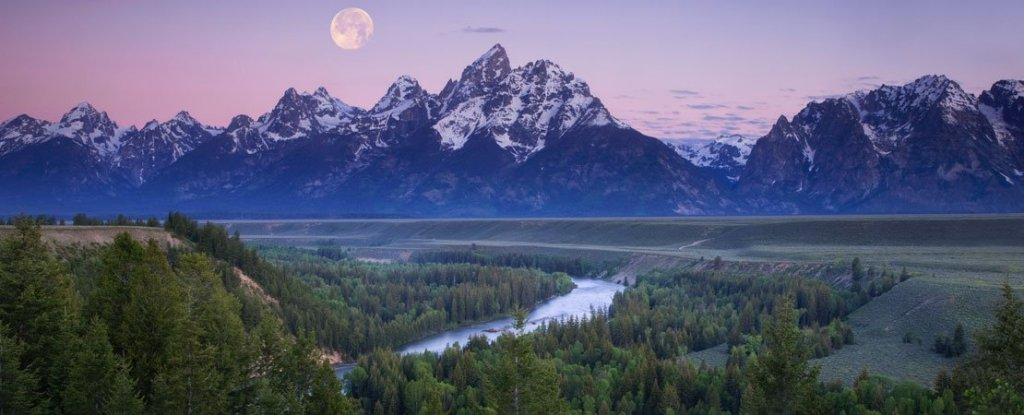 Full moon over Grand Teton Range from the Snake River Overlook, Jackson Hole Wyoming