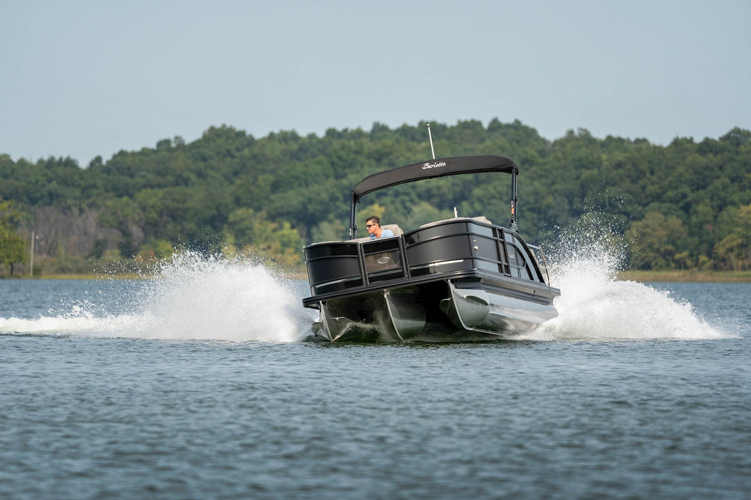 quality pontoon boats industry leader