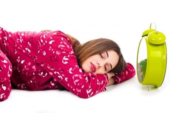 Sov Lider du af søvnbulimi? Så meget skal du sove for at undgå at blive tyk eller syg…