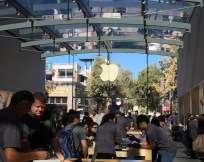 iPhone launch day craziness at the Palo Alto Apple Store.