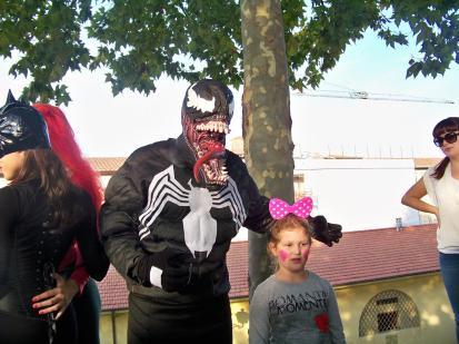 Venom con bambina