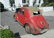 1938 Fiat Topolino passenger side in Britain is strange here in the US