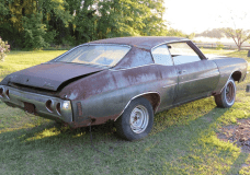 1971 Chevelle Center Console AC barn Find passenger side view showing it's restorable