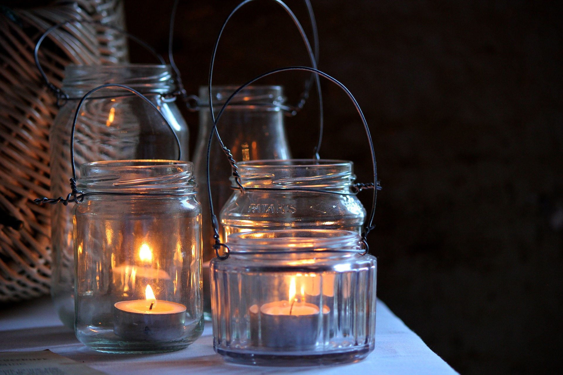rustic wedding candle lighting