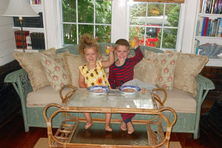 Cole and Olivia - breakfeast at Barntucket - 1