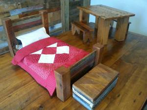 Barn Wood Furniture for Dolls - Table with 4 placemats, 2 Benches, Bed with pillow and quilt, Hope chest