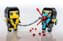 Scorpion & Sub-Zero BrickHeadz