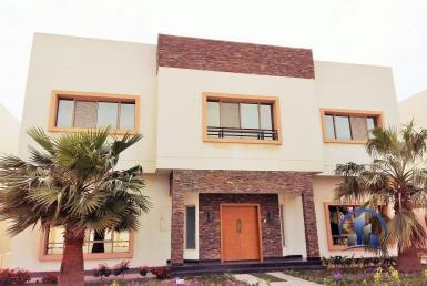 5 Bedroom Villa Janabiyah